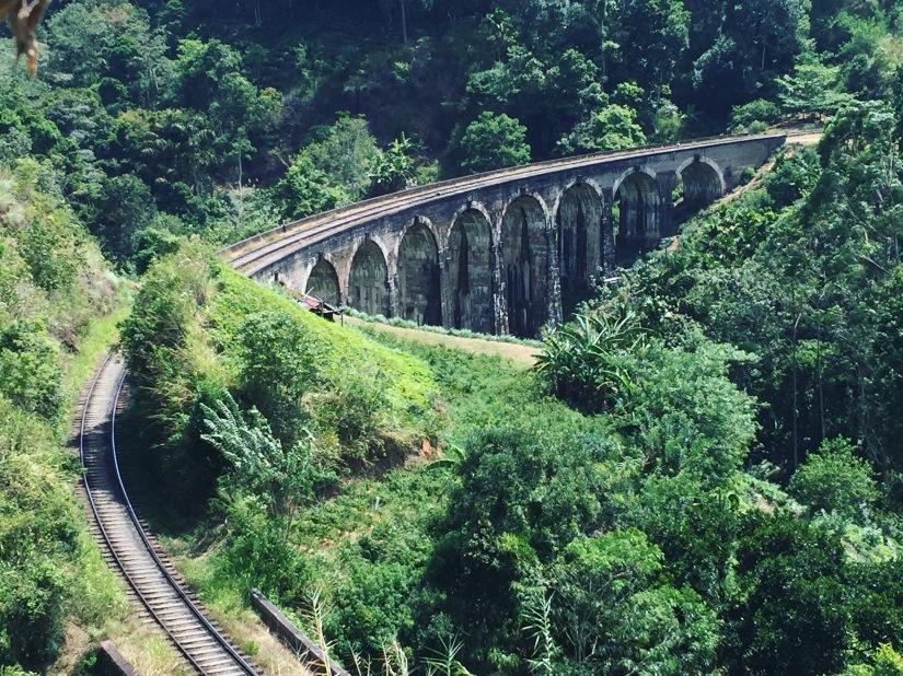 kyroshtravels.com - 9 arch bridge, Ella, Sri Lanka