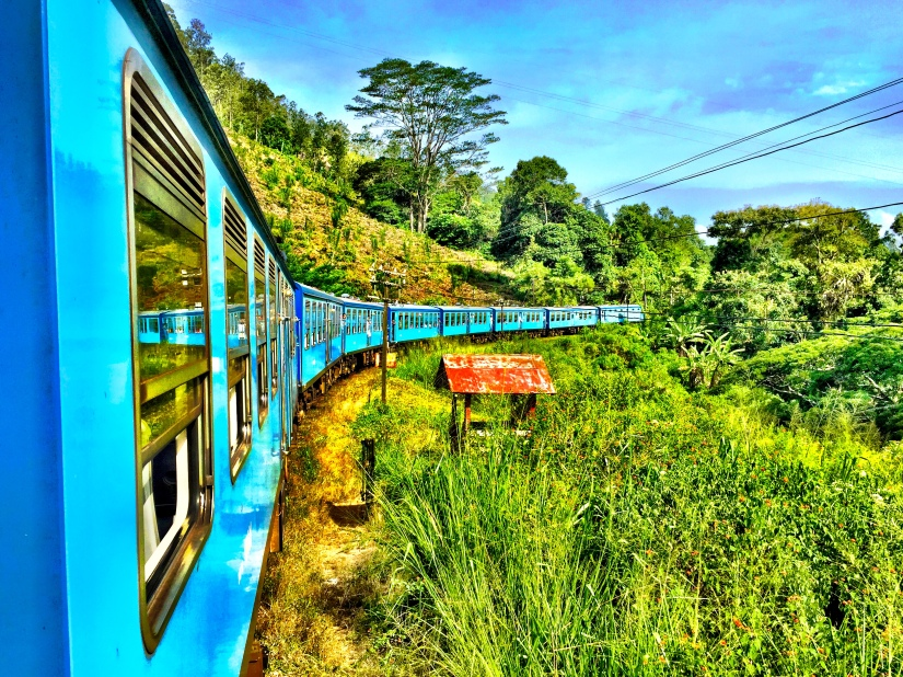 kyroshtravels.com - Train journey, Ella, Sri Lanka