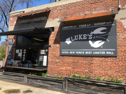 kyroshtravels.com - Luke's Lobster roll, New York City