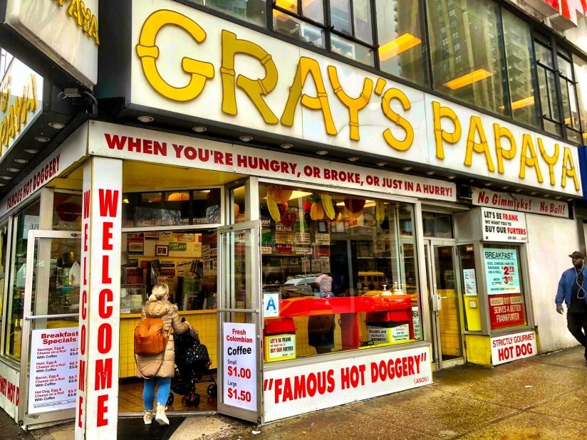 kyroshtravels.com - Gray's Papaya, New York City
